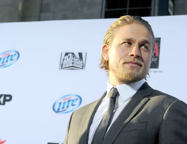 "HOLLYWOOD, CA - SEPTEMBER 07:  Actor Charlie Hunnam attends the season 6 premiere of FX's ""Sons Of Anarchy"" at Dolby Theatre on September 7, 2013 in Hollywood, California.  (Photo by Kevin Winter/Getty Images)"